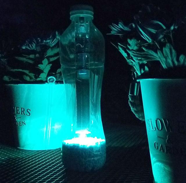 "Lötbausatz solarbetriebene PET-Flaschenlampe ""DoubleLight"""